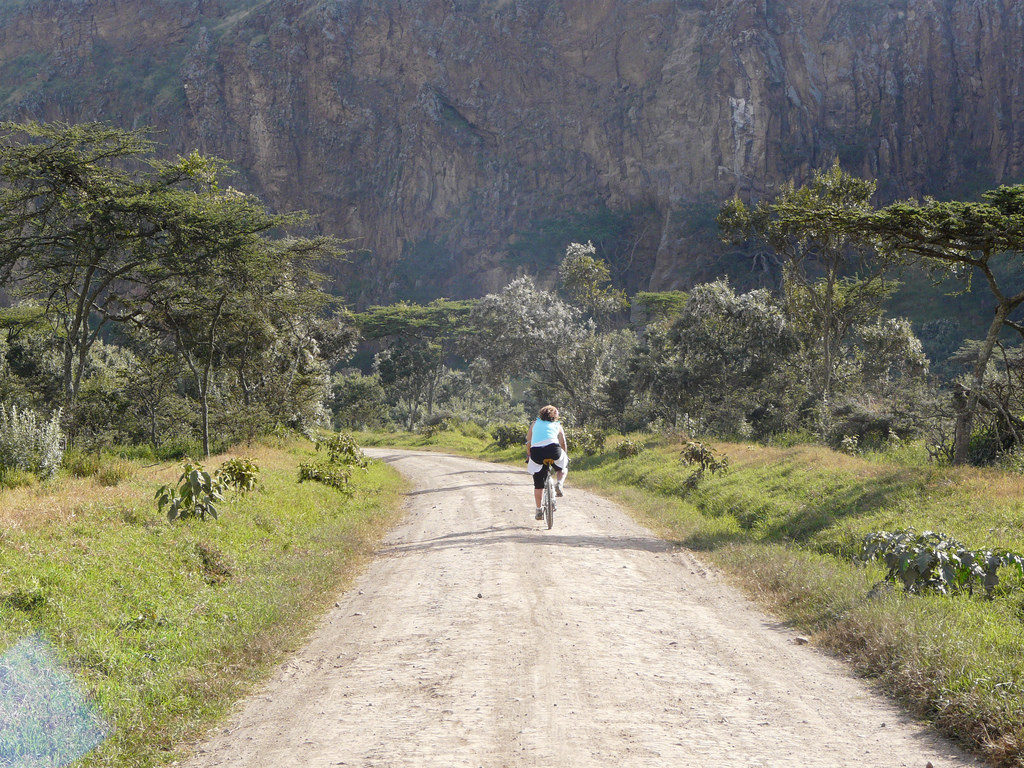 Cycling in Hells Gate National Park